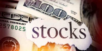 Stocks vs Cryptocurrency