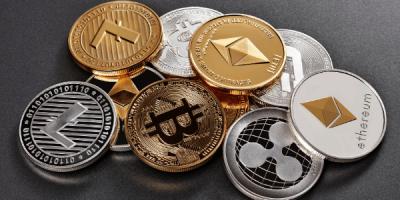 Stablecoins Vs Altcoins Vs Bitcoin